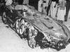 Rozbity samochód w którym zginął Felice Bonetto