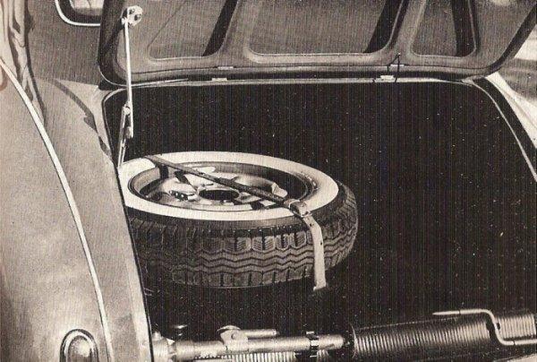 Lancia Aurelia B10 bagażnik
