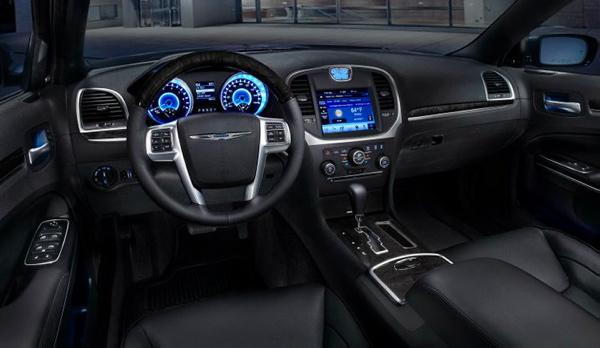 Chrysler 300C wnętrze