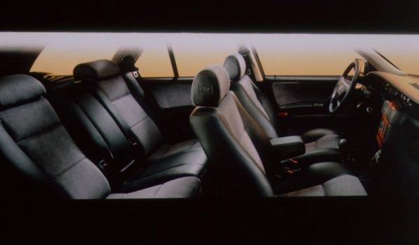 Lancia Dedra wnętrze