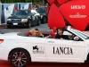 Kate Hudson i Matt Bellamy oraz Lancia Flavia