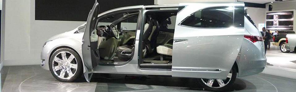 Chrysler 700C – następca Lancii Voyager?