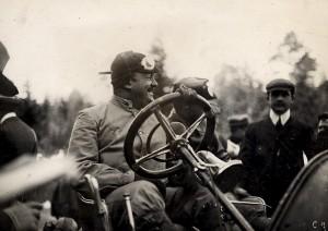 Vincenzo Lancia podczas pucharu Vanderbilta w 1906 roku