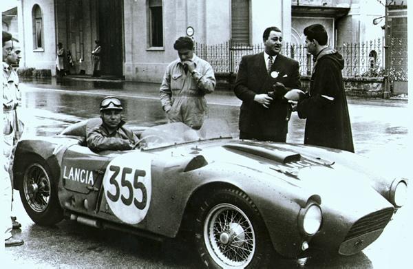 Lancia D24 załogi  Piero Taruffi/Carlo Luoni z wyścigu Targa Florio 1954